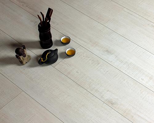 地板保养方法